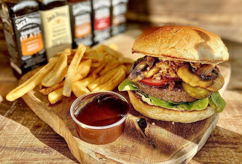 Burger isos pomidorowy